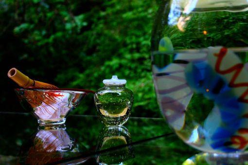 ひとつしかないオリジナルなグラスたちを用いて、優雅なひとときを。